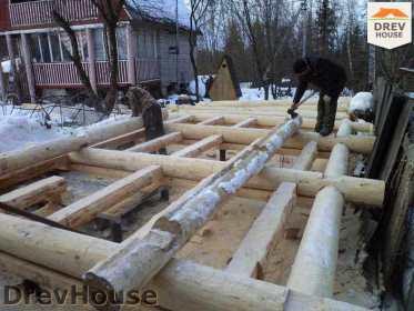 Строительство сруба дома из бревна в поселке Ченцы   фаза 1