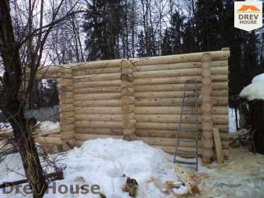 Строительство сруба дома из бревна в поселке Ченцы   фаза 2